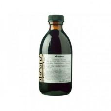 "Шампунь ""Davines Alchemic Shampoo for natural and coloured hair (chocolate) Алхимик"" 280мл для натуральных и окрашенных волос (шоколад)"