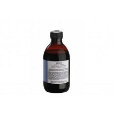 "Шампунь ""Davines Alchemic Shampoo for natural and coloured hair (silver) Алхимик"" 280мл для натуральных и окрашенных волос (серебряный)"